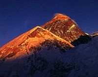 Mount Everest im Abendlicht